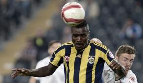 Emmanuel Emenike için Fenerbahçe'nin onayı bekleniyor